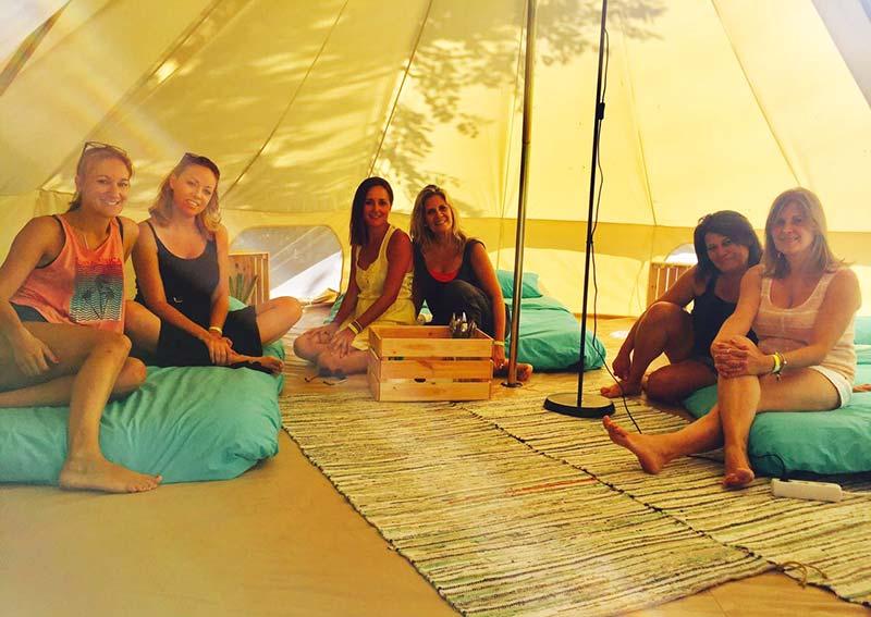 Escapadas en grupos de amigos de camping