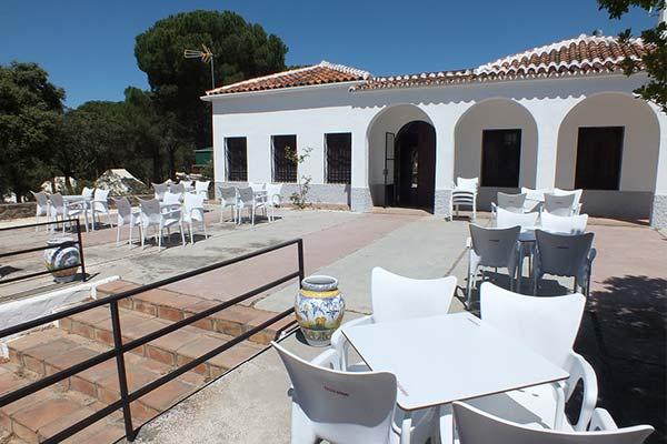 Bar terraza en Los Villares (Córdoba)