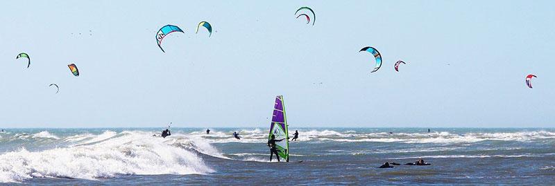 Windsurf y Kitesurf en Cádiz