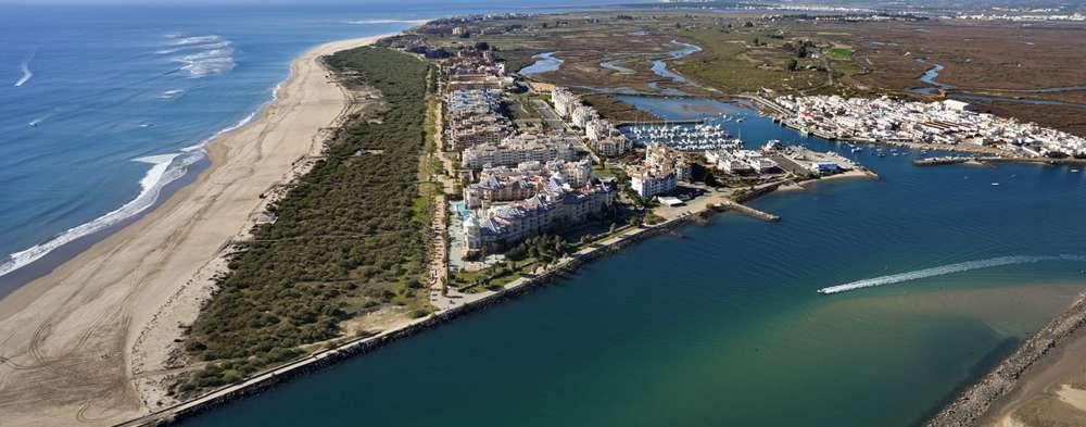 Turismo en Isla Canela, escapadas a Huelva